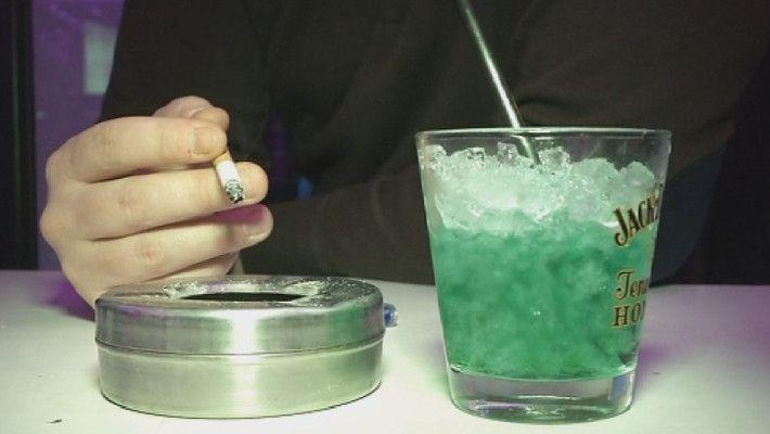 La cigarette de retour dans les bars et restaurants?
