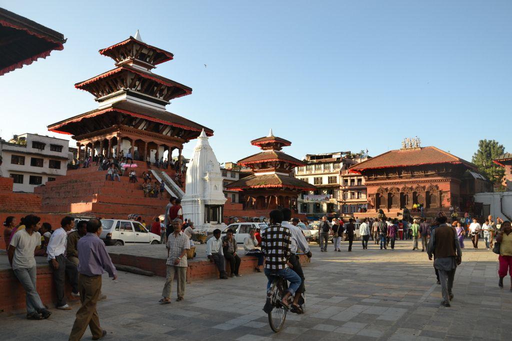 Le séisme a soulevé la ville de Katmandou d'un mètre