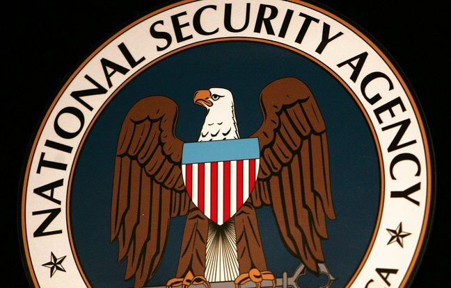 Le logo de la NSA. - PAUL J. RICHARDS / AFP