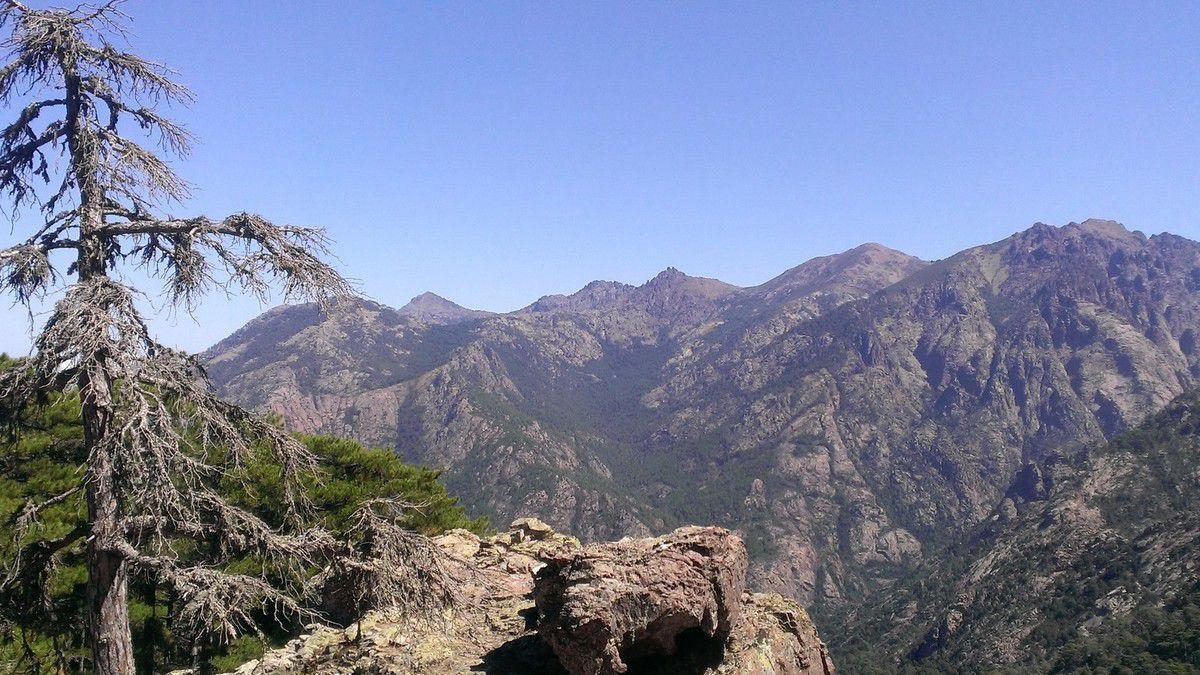 Bocca di Bonassa 1153 m et Punta di Bonassa
