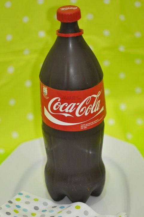 Gâteau bouteille de Coca Cola