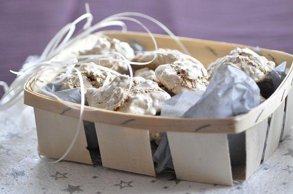 Nids de guêpes (wàschpànàschter) + 24 recettes de bredele