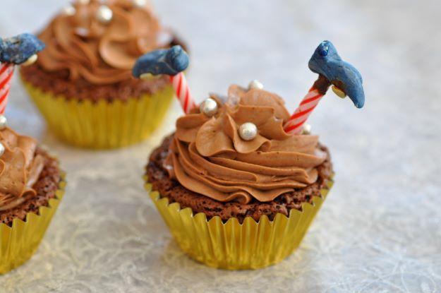 Cupcakes tout chocolat (moelleux chocolat, glaçage chantilly mascarpone chocolat)