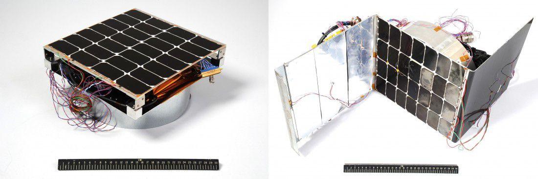 """Photos du module """"sandwich"""" capable de s'ouvrir pour capter le rayonnement solaire (NASA)."""