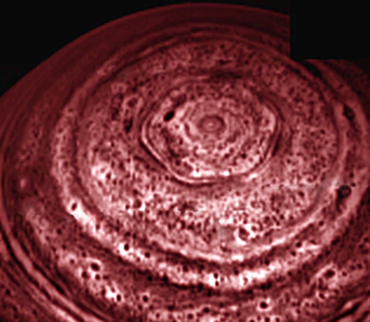 Belles images des tempêtes sur les planètes de notre système solaire