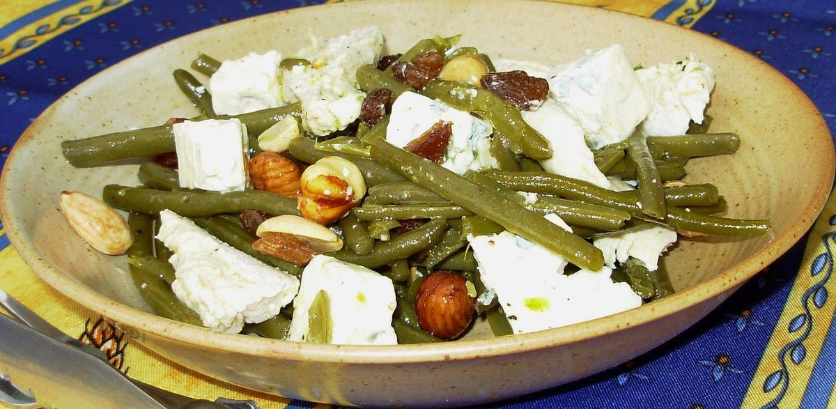 Salade d'haricots verts, dinde et fruits secs