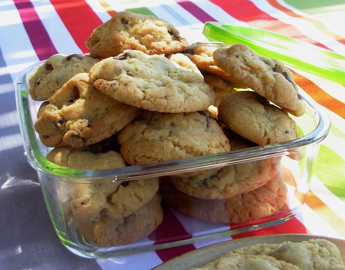 Cookies aux deux chocolats et aux noisettes