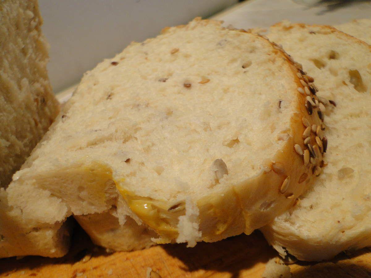 Pain Marocain brioché aux graines et lait fermenté