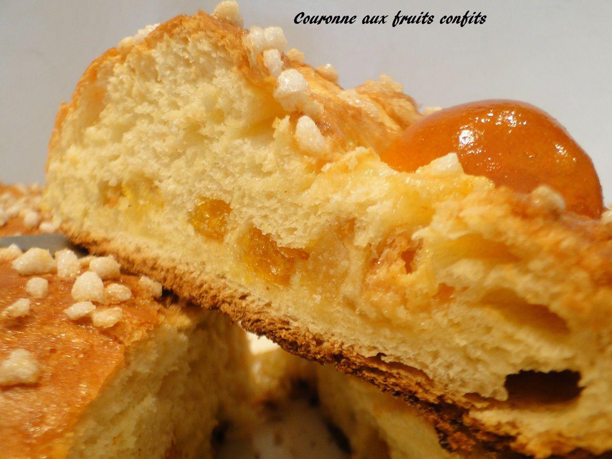 Couronne briochée aux écorces d'oranges confites et mandarine