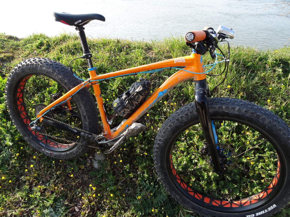 Fat bike Fatboy Specialized &quot&#x3B;upgrader&quot&#x3B; : modification, amélioration.
