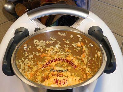 sauce a pizza thermomix blog cuisine thermomix avec recettes pour le tm5 tm31. Black Bedroom Furniture Sets. Home Design Ideas