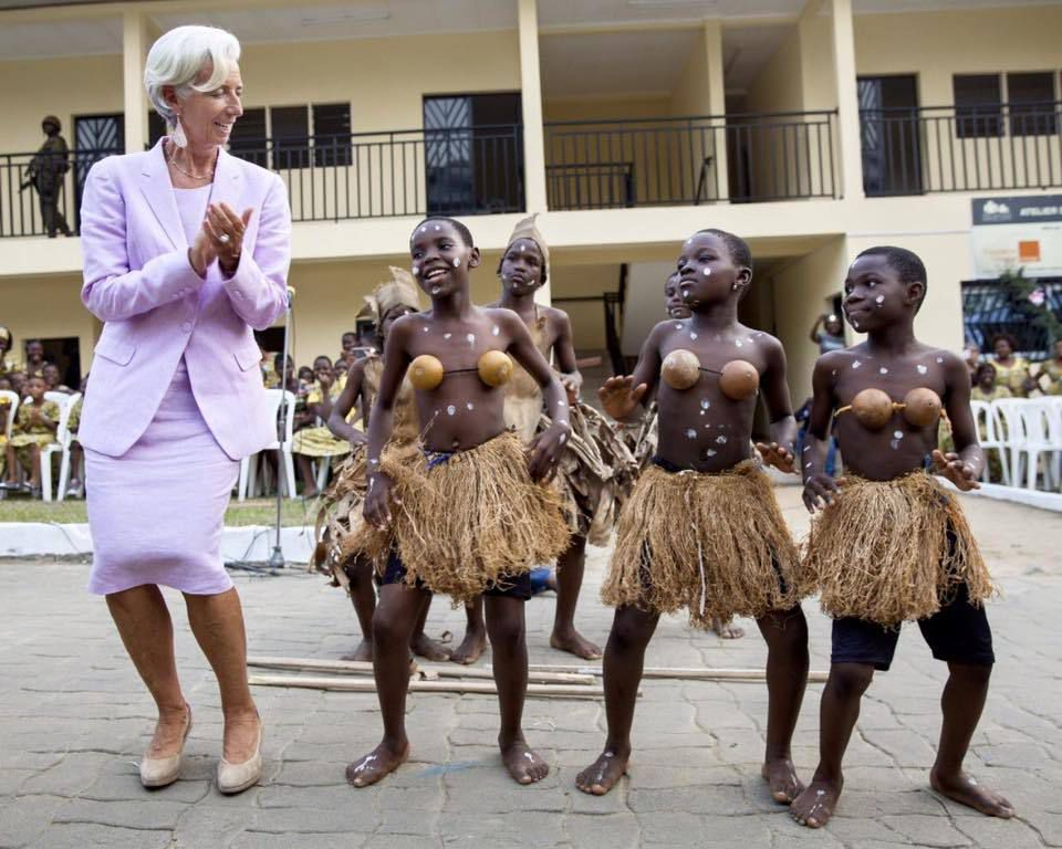 Jeunesse Camerounaise, le #FMI te la met jusqu'à #Lagarde !