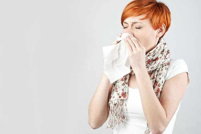 10 solutions contre le nez qui coule