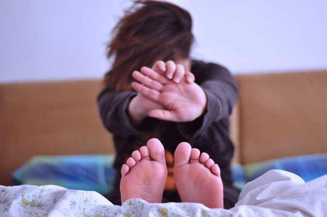 6 astuces pour déverrouiller son corps en douceur au réveil