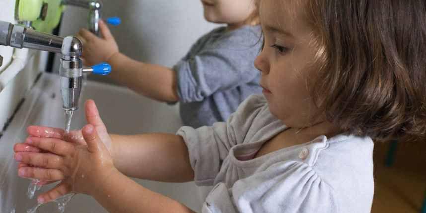 3 conseils pour bien se laver les mains dès l'enfance