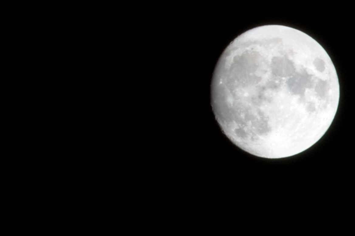 Pleine lune rime-t-elle vraiment avec mauvaise nuit ?