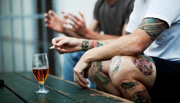 Rien n'est plus lucratif que d'investir dans l'alcool et les cigarettes