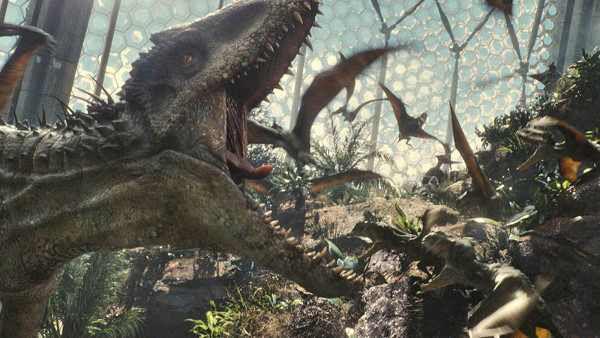 VIDÉO : Pourquoi « Jurassic World » rencontre un succès monstrueux
