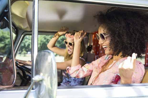 Les gens qui chantent dans leur voiture vivent plus longtemps