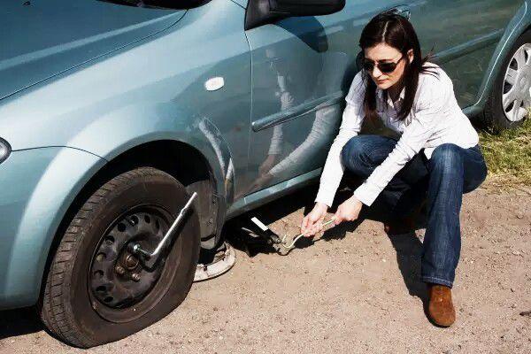 10 choses à savoir pour changer la roue de voiture