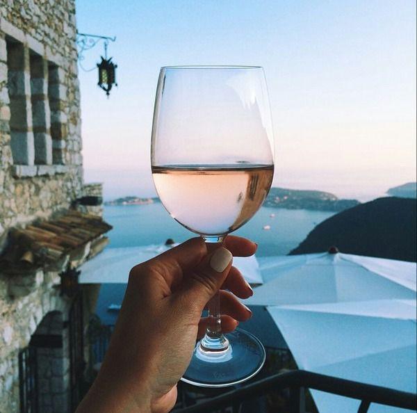 7 bonnes raisons de boire un peu d'alcool