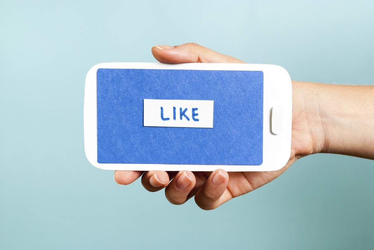6 réactions émotionnelles testées par Facebook comme alternatives au bouton « j'aime