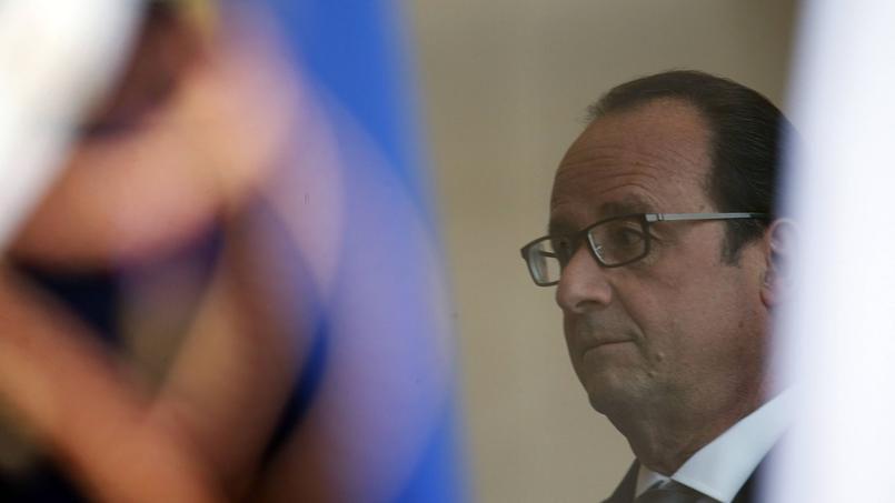 Hollande veut boucler son projet anticonstitutionnel de réforme avant Noël