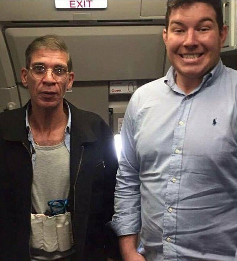 Avion d'Egypt Air détourné: L'incroyable selfie d'un passager avec le pirate de l'air