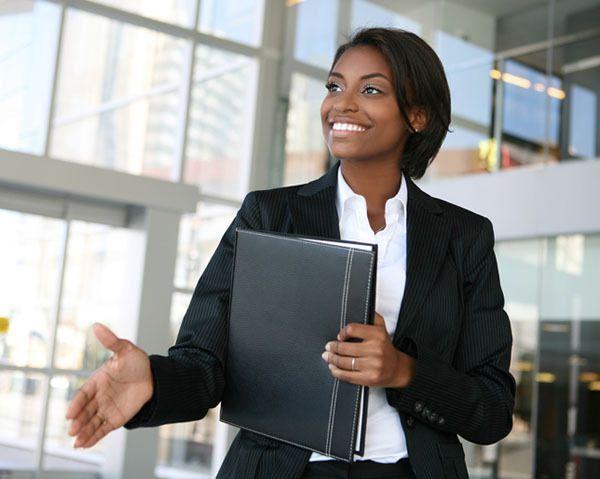 Comment se maquiller pour un entretien d'embauche ?