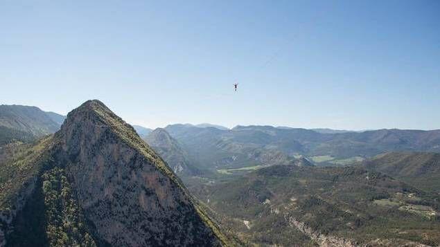 Highline et voltige aérienne