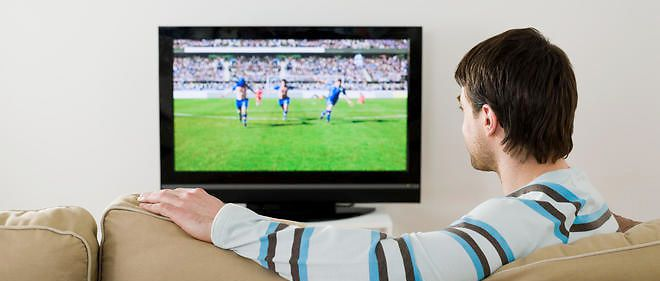 Sait-on regarder un match de foot ?