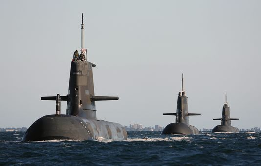Le français DCNS remporte un contrat géant de 34 milliards d'euros pour des sous-marins