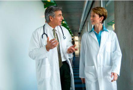 Les médecins sont-ils toujours en retard ?