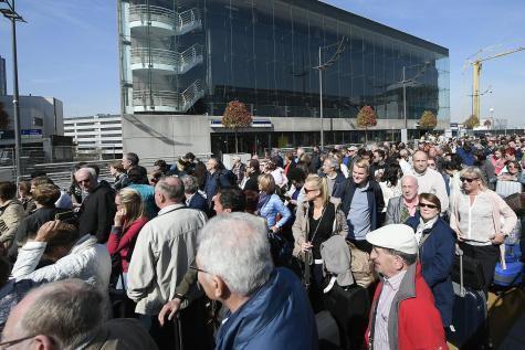 Réouverture chaotique du hall des départs de Brussels Airport (photos)