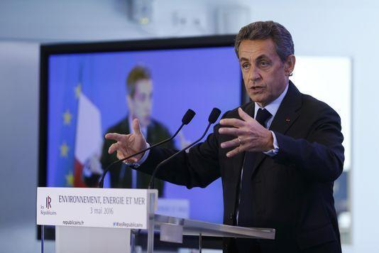 Primaire : les rivaux de Sarkozy dénoncent un « coup de force »
