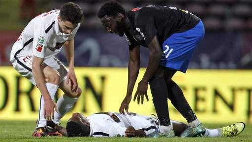 Un joueur du Dinamo Bucarest décède en plein match