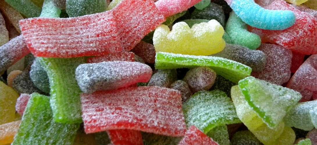 Le trajet maison-école influence les achats de junk-food des enfants