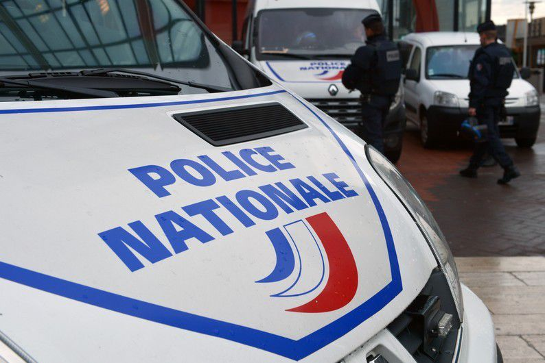 Perpignan : poursuivi par la police, il se retourne et tire avec des balles à blanc