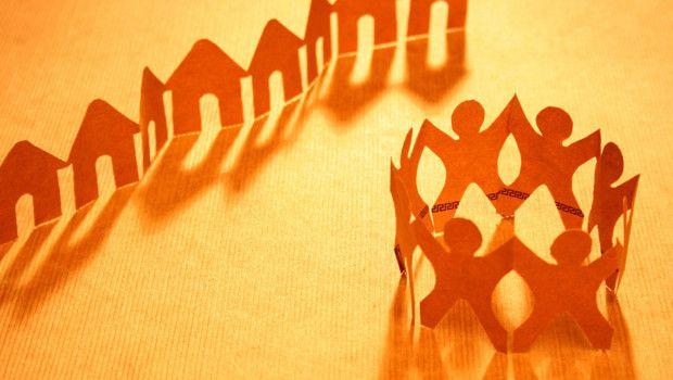 Entraide entre voisins : les réseaux sociaux se multiplient