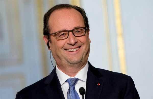 Quand Hollande avoue qu'il enfume les journalistes: « une information bidon, ça fonctionne »