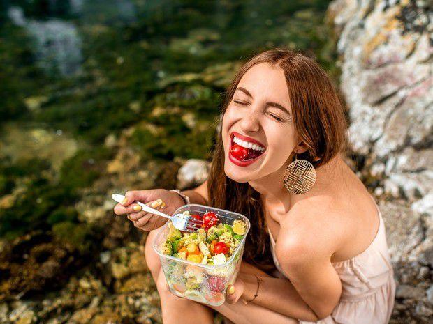 10 astuces pour manger moins sans se priver