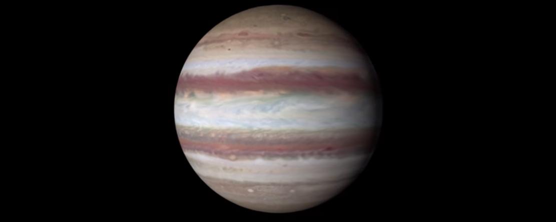 La sonde Juno a survolé Jupiter au plus près, et rapporte une photo de la planète géante