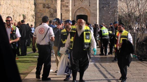 Des milliers de colons israéliens font irruption dans la Mosquée d'Ibrahim à Hébron