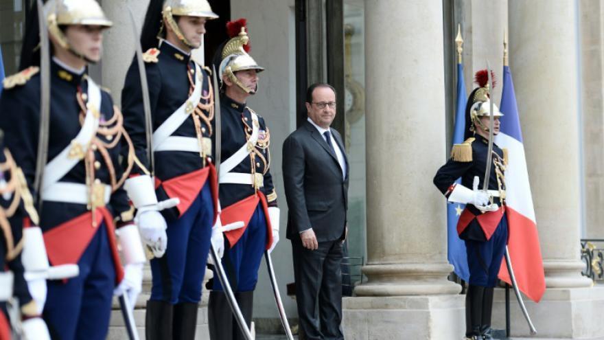 Hollande va esquisser l'idée d'une nouvelle candidature