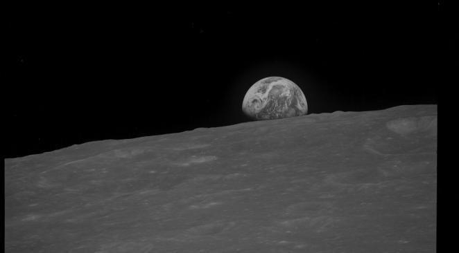 L'agence spatiale européenne confirme sa volonté de créer un village sur la Lune