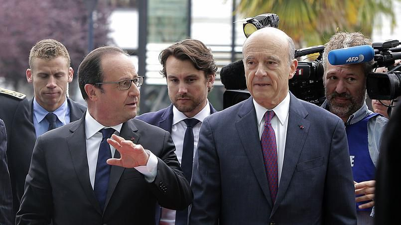 Hollande dévisse, Juppé résiste
