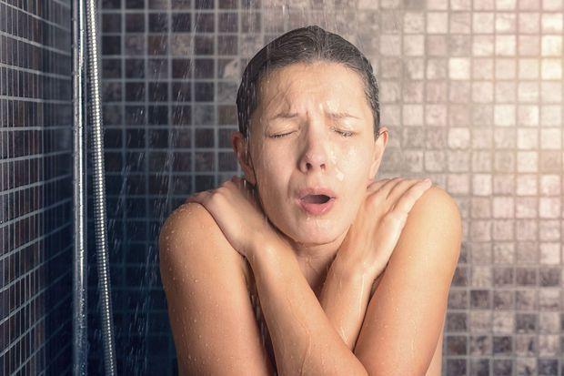 Douche froide : bon ou mauvais pour la santé ?