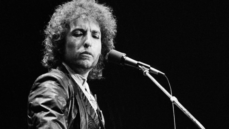 Bob Dylan is a subtle master of the English language