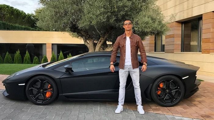 On se moque de Cristiano Ronaldo à cause de cette photo