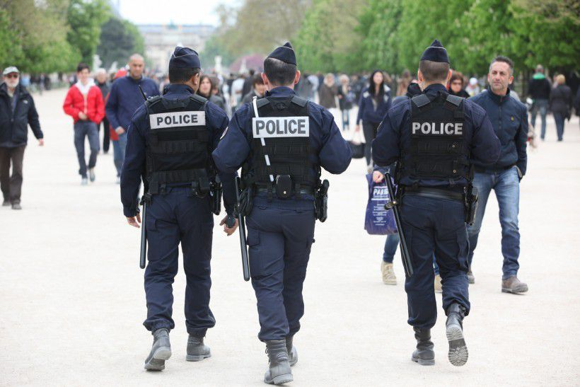 Policiers: un faux porte-parole proche du FN